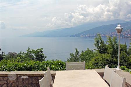 3 bedroom houses for sale in Croatia. Superb villa in a charming tourist place Volosko