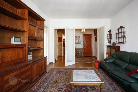 4 bedroom apartments for sale in Barcelona. Property in Eixample