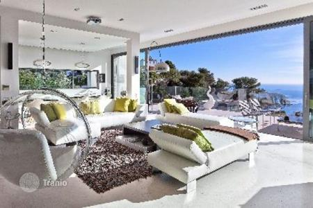 Luxury 4 bedroom houses for sale in Villefranche-sur-Mer. Villa - Villefranche-sur-Mer, Côte d'Azur (French Riviera), France