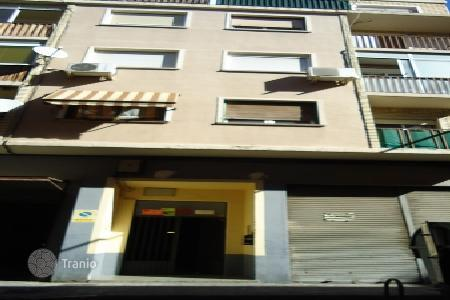Cheap residential for sale in Saragossa. Apartment – Saragossa, Aragon, Spain