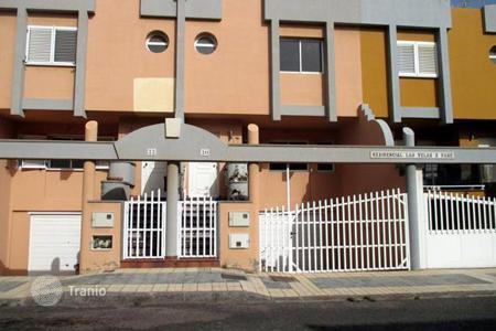 Coastal residential for sale in Arinaga. Detached house – Arinaga, Canary Islands, Spain