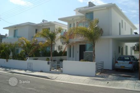 3 bedroom houses by the sea for sale in Livadia. Three Bedroom Detached House-Reduced
