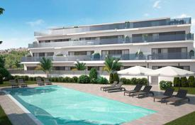 Apartments with pools for sale in Valencia. Luxury apartments with private garden and panoramic sea views in Benidorm