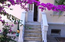 2 bedroom houses for sale in Liguria. Villa – Liguria, Italy