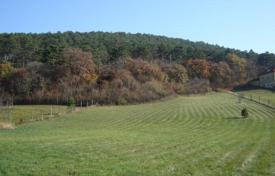 Development land for sale in Lake Balaton. Building plot near a forest in Vonyarcvashegy, Hungary