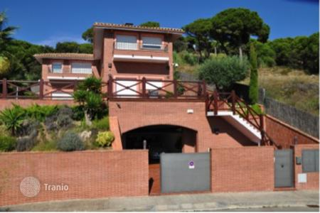 5 bedroom houses for sale in Barcelona. Townhome - Sant Pol de Mar, Catalonia, Spain