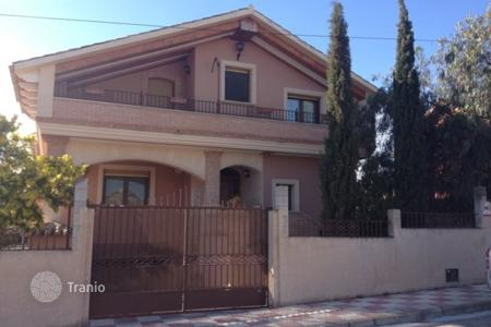 Townhouses for sale in Northern Spain. Terraced house – Basque Country, Spain