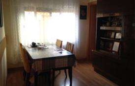 Cheap apartments for sale in Catalonia. Flat for in Santa Coloma de Gramanet