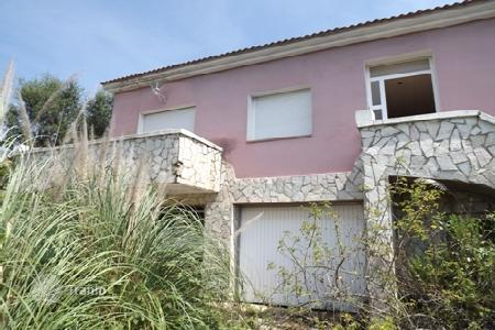 4 bedroom houses for sale in Vidreres. Villa – Vidreres, Catalonia, Spain