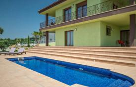 Two-storey villa with a pool and a terrace, in a quiet residential area, Palau-Sabardera, Costa Brava, Spain for 650,000 €