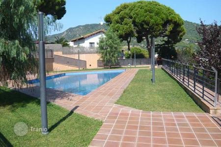New homes for sale in Teià. Town House Costa Barcelona
