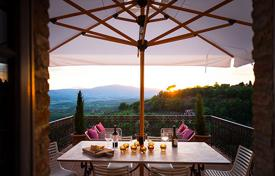 Property to rent in Umbria. Casa Design