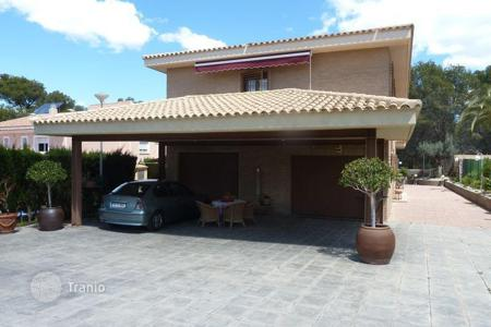 Chalets for sale in Benidorm. Chalet – Benidorm, Valencia, Spain