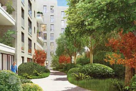 Residential for sale in Boulogne-Billancourt. Eco-friendly apartment in a residential complex in Boulogne, a suburb of Paris