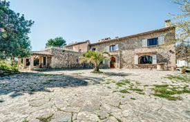 Luxury houses with pools for sale in Balearic Islands. Historic rustic estate with a swimming pool, a garage, stables, Establiments, Spain