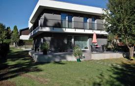 "Residential for sale in Keszthely. Detached house ""bauhaus"" style renovated in 2015 in one of the most valuable parts of Keszthely"