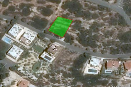 Land for sale in Peyia. 627 m² plot in Sea Caves with sea view