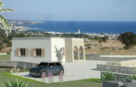 Pescoluse, Marina di Salve, rustic villa, hillside with exceptional sea view for 195,000 €