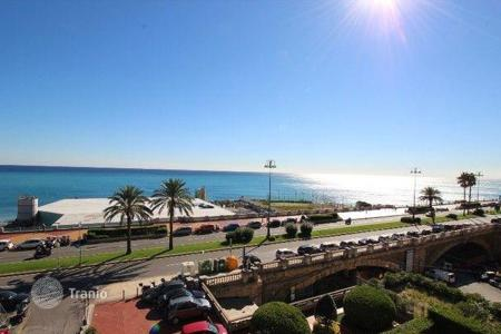 Luxury 3 bedroom apartments for sale in Liguria. Four-room apartment with a sauna by the sea in Genoa, Liguria, Italy