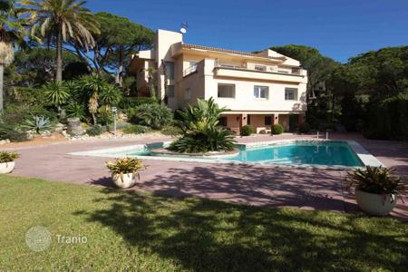 Houses with pools for sale in Costa del Maresme. Villa witj spectacular waterfall