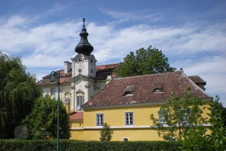 Chateaux for sale overseas. Romantic castle of the 16th century to the South-East of Vienna