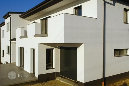 3 bedroom houses for sale in Lake Balaton. The apartment is located in the town of Hévíz