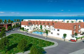 Cheap 3 bedroom apartments for sale in Spain. 3 bedroom apartment with garden in Los Alcázares