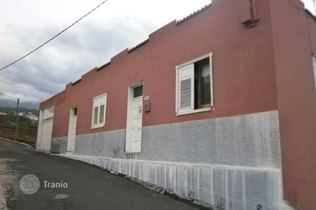 Bank repossessions houses in Canary Islands. Villa - Icod de los Vinos, Canary Islands, Spain