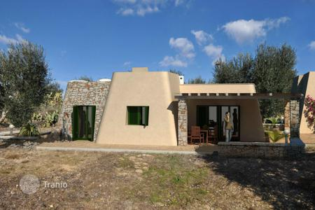 Residential for sale in Pescoluse. Spacious villa with sea view, Pescoluse, Italy