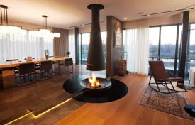 Residential for sale in the Czech Republic. Penthouse with spectacular views of the river in Prague