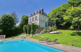 6 bedroom houses for sale in Ile-de-France. Sèvres - An exceptional period property