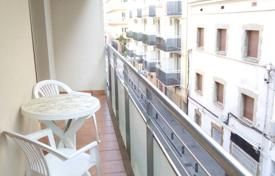1 bedroom apartments for sale in Costa Brava. Beautiful apartment with tourist license and only 50 m from the beach