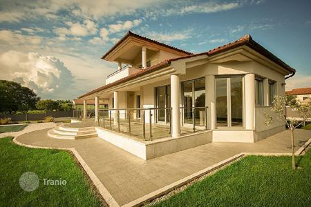 Coastal houses for sale in Europe. Townhome – Medulin, Istria County, Croatia