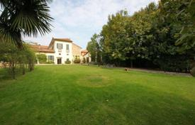Luxury property for sale in Appiano Gentile. LUXURY RESIDENCE built in 1500 — 53Km far from COMO LAKE
