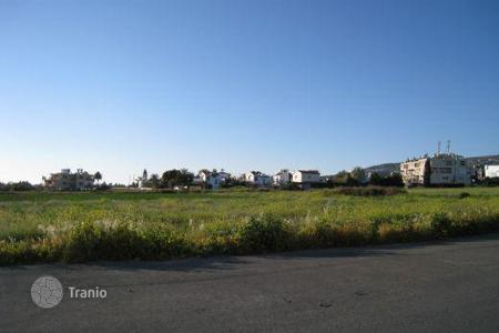 Coastal land for sale in Paphos. Versatile plot of land — Coral Bay