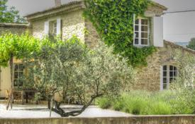 Residential for sale in Puyvert. Close to Lourmarin — Stone Mazet