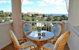 Two-bedroom apartment with a sea view in Dehesa de Campoamor, Alicante, Spain for 175,000 €