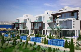 New homes for sale in Peyia. Exquisite Frontline Bungalows, Condos and Penthouses — 300m to New Marina, Kissonerga