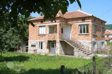 Cheap residential for sale in Batovo. Detached house – Batovo, Dobrich Region, Bulgaria