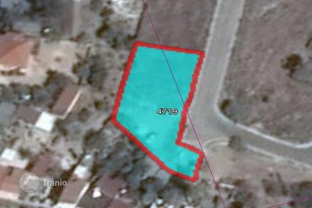 Land for sale in Paphos (city). 1,217 m² plot in Mouttalos with building plans