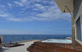 Coastal penthouses for sale in Funchal. Luxury Penthouse apartment with ocean views in Funchal