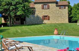 Villas and houses to rent in Monterchi. Villa – Monterchi, Tuscany, Italy