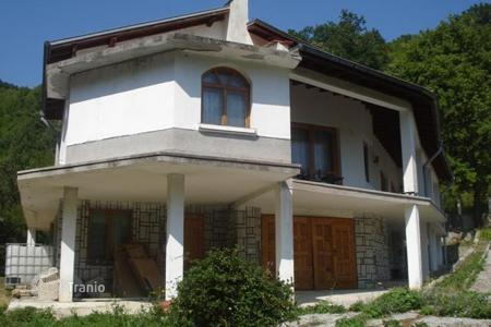 5 bedroom houses for sale in Bulgaria. Detached house – Dragoman, Sofia region, Bulgaria