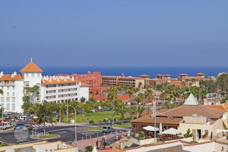 Apartments with pools by the sea for sale in Canary Islands. Apartments with furniture, with a terrace, in a residence with a pool, on the seashore, Tenerife, Spain