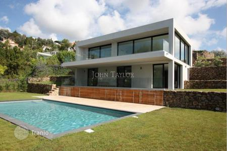 Luxury 3 bedroom houses for sale in Cannes. Villa - Cannes, Côte d'Azur (French Riviera), France