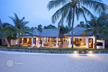 5 bedroom villas and houses to rent in Thailand. Villa on the beach in Maenam