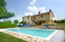 Property for sale in Marche. Villa – Marche, Italy