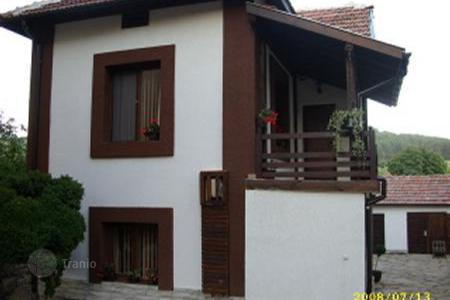 Cheap houses with pools for sale in Bulgaria. Townhome - Jablanica, Lovech, Bulgaria