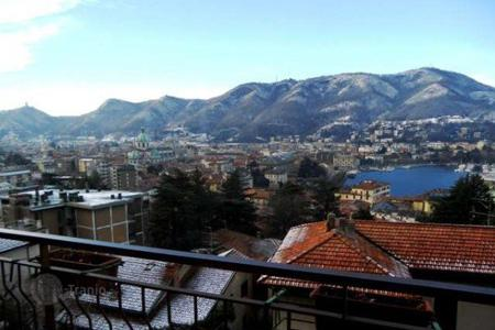Cheap 4 bedroom apartments for sale in Lombardy. Apartment – Lake Como, Lombardy, Italy