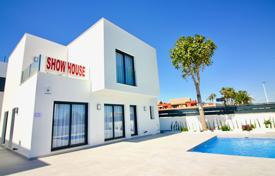 3 bedroom houses for sale in Murcia. Modern villa with private pool in San Pedro del Pinatar